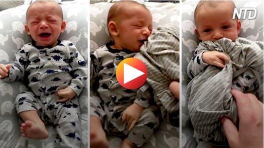 Un bébé cesse de pleurer dès que son père lui donne une chemise bien spéciale (vidéo)