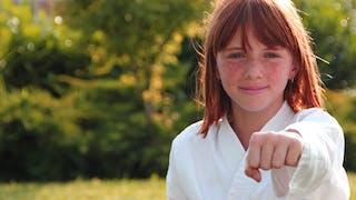 fillette qui fait du judo