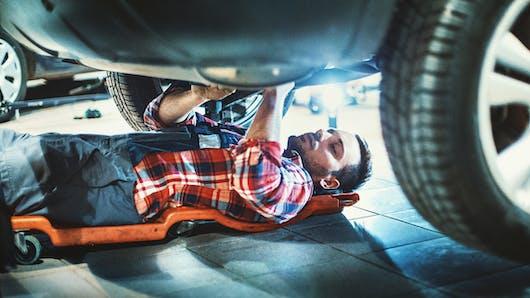 Coincé sous sa voiture, un Américain est secouru par un enfant de 9 ans