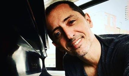 Gad Elmaleh : il raconte sa tristesse d'être loin de son fils de 4 ans