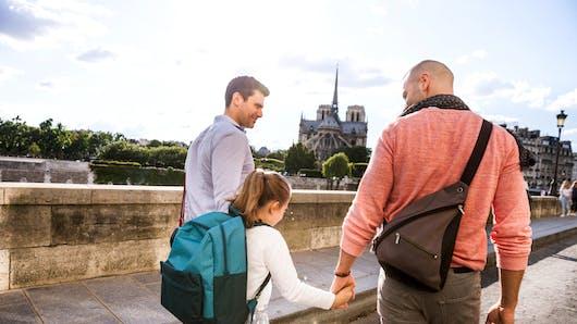Familles homoparentales : la ville de Paris fait évoluer ses formulaires