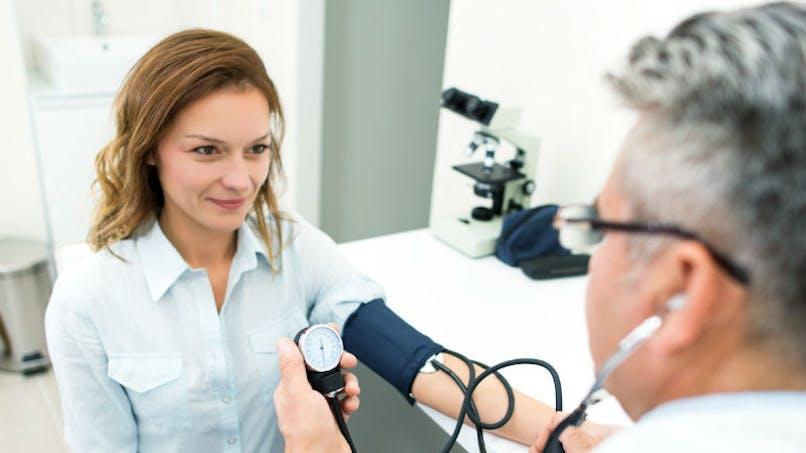 Hypertension artérielle: 1 adulte sur 3 touché en France, les femmes moins traitées
