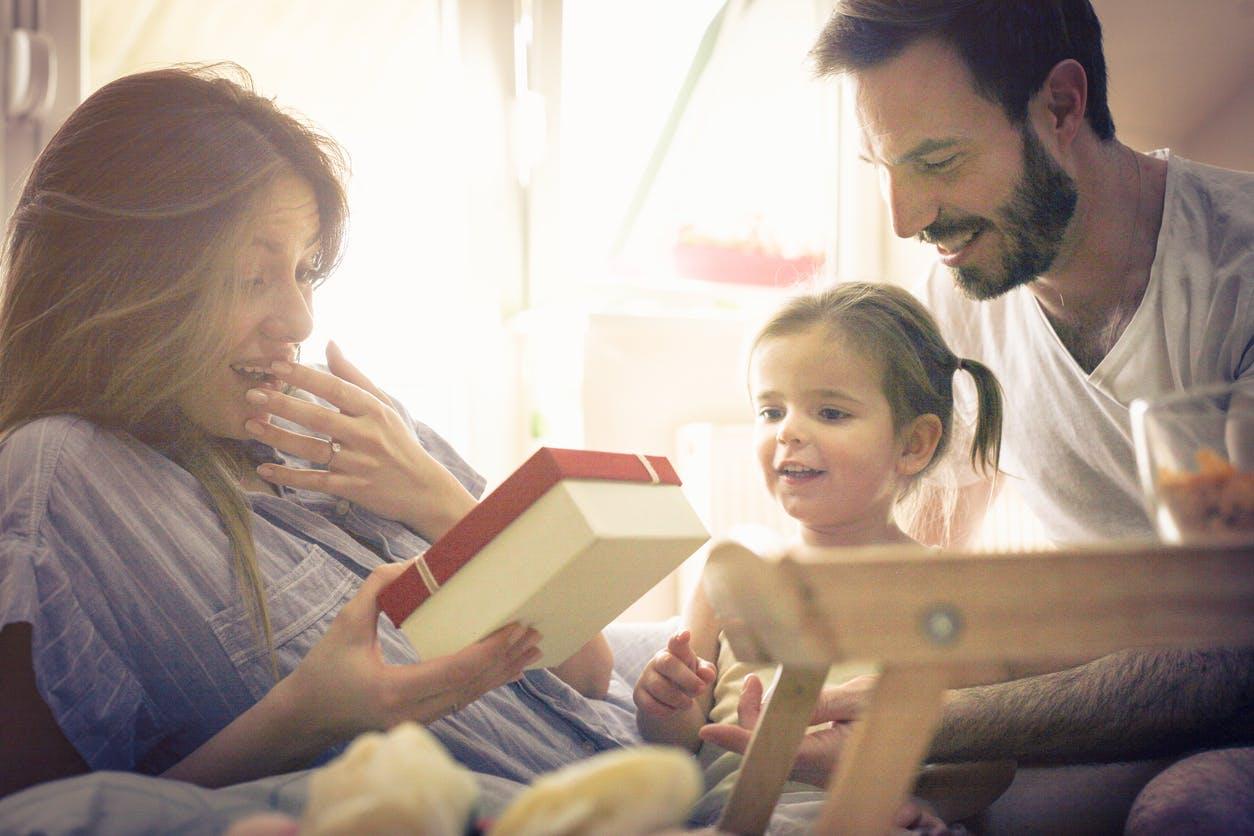 sondage cadeau noel 2018 Fête des mères : une maman sur deux ne veut pas de cadeau, selon  sondage cadeau noel 2018