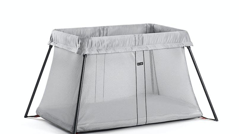 chambre de b b pr parer la chambre de b b. Black Bedroom Furniture Sets. Home Design Ideas