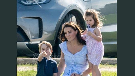 Kate Middleton et ses enfants au naturel comme vous ne les avez jamais vus (photos)