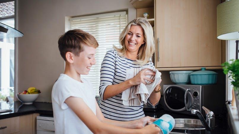 Hygiène : les torchons de cuisine pourraient causer des intoxications alimentaires