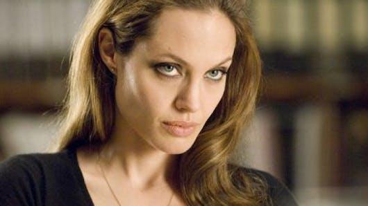 Angelina Jolie pourrait perdre la garde de ses enfants au profit de Brad Pitt
