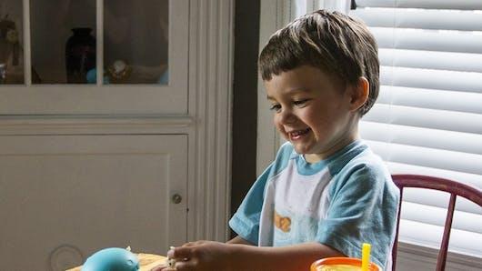 Milton, le compagnon de table des enfants