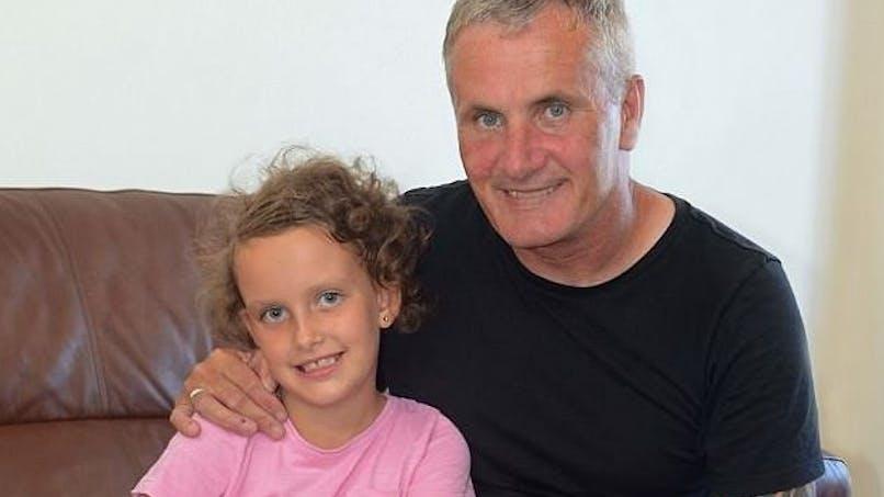 Après quatre ans de silence, une petite fille se remet à parler