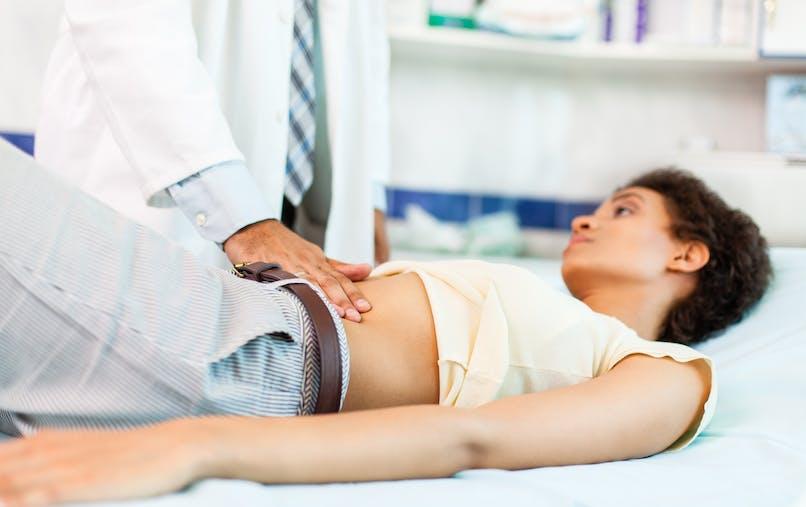 consultation femme douleurs ventre
