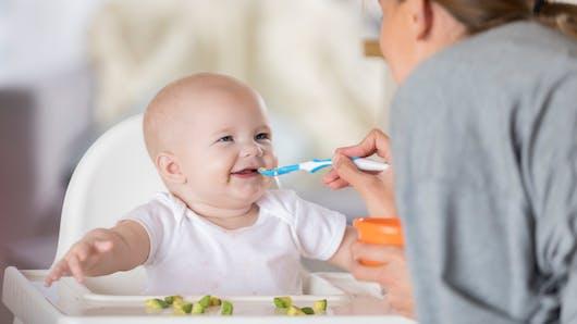 Diversification alimentaire: réalisée avant 6 mois, elle favorise le sommeil