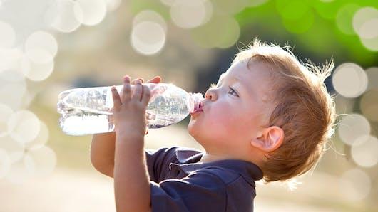 Hydratation enfant: toutes les boissons ne se valent pas