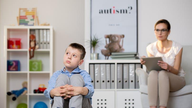 Autisme : une lettre ouverte pour alerter des dangers des traitements alternatifs