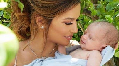 82538a47b8271 Eva Longoria   son shotting photo avec son bébé de deux mois et demi ...