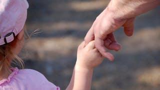 Enfants : leurs force dans les mains, indice de leur santé future ?