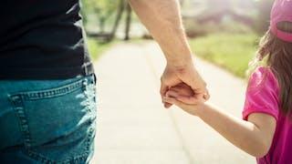 une fille et un papa