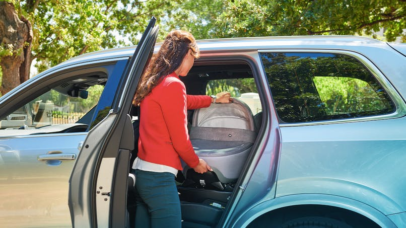 La nacelle Jade de Bébé Confort : pour une sécurité optimale de bébé en voiture.