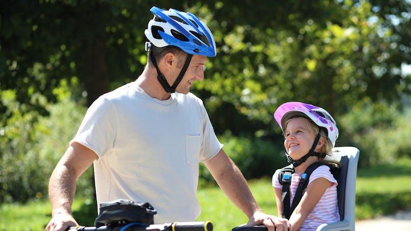 Casque, siège-vélo, couteau pour enfant : le point sur les rappels de produits récents