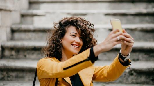 AVC: un selfie sauve la vie d'une femme