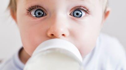 Leclerc lance un rappel pour un lait de croissance   PARENTS.fr 5b23964af7b