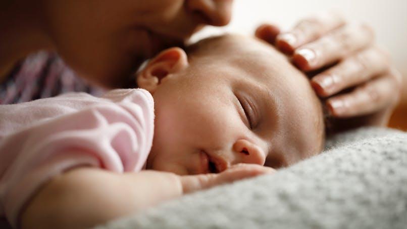 Mais qu'est-ce qui occupe tant les jeunes parents ? Les mamans répondent