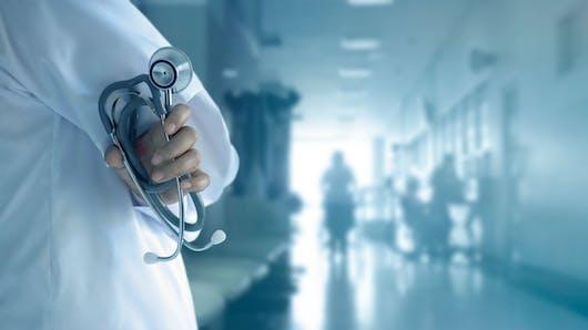 Une cagnotte pour Salomé: des médecins français réagissent