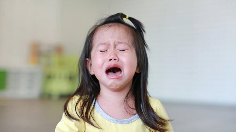 Invisible Challenge : la blague virale qui fait pleurer les enfants (vidéos)