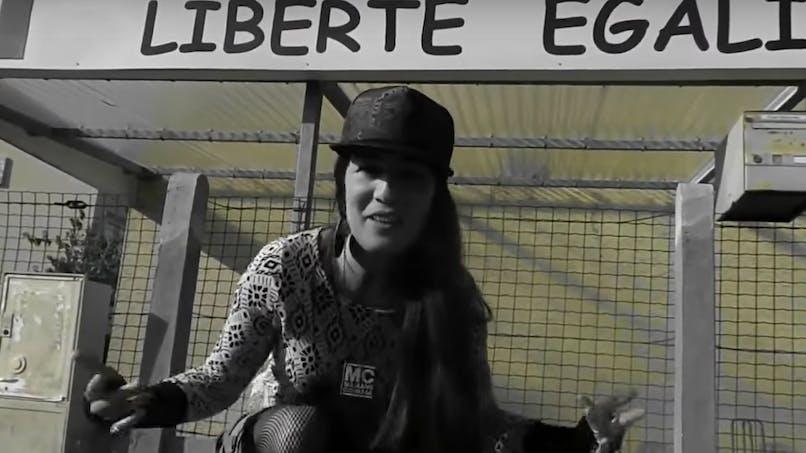Maman d'un enfant handicapé, elle interpelle Macron dans un rap (vidéo)