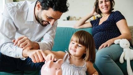 Le premier enfant coûterait, en moyenne, 1 500 euros par mois!