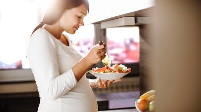 femme enceinte et repas