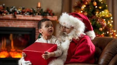 enfant et Père Noël