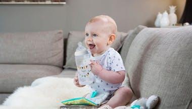 Une tétine de biberon adaptée à votre bébé
