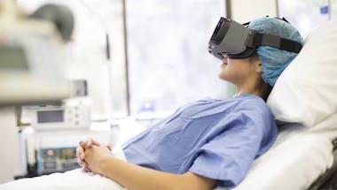Césarienne: rester connectée à son enfant en salle de réveil grâce à la réalité virtuelle