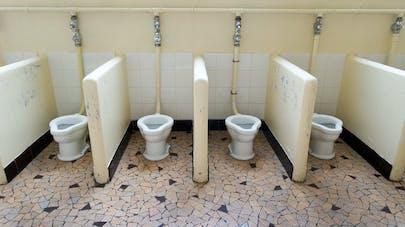 Ecole : plus d'un enfant sur deux se retient d'aller aux toilettes