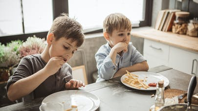 Frites : un nutritionniste conseille de se limiter à une portion de 6