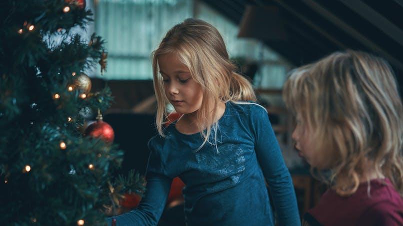 2 petites filles Noël