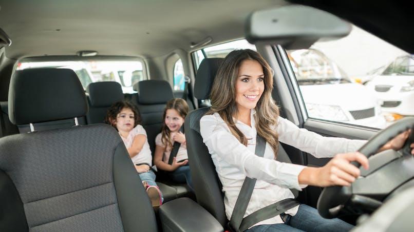 Prévention routière: les parents craignent les comportements à risque… qu'ils adoptent eux-mêmes