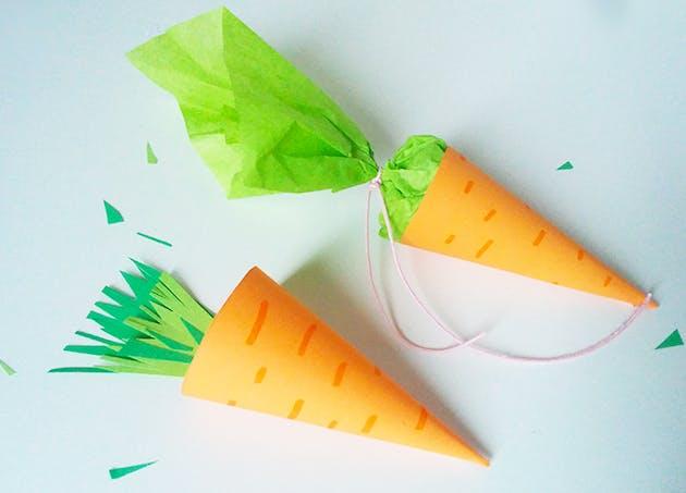 Carottes de Pâques en papier