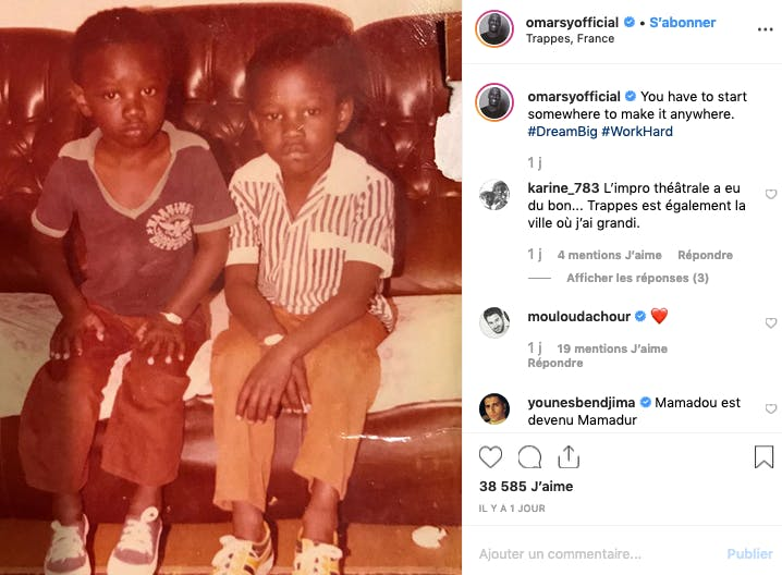 Omar Sy enfant, à gauche de la photo