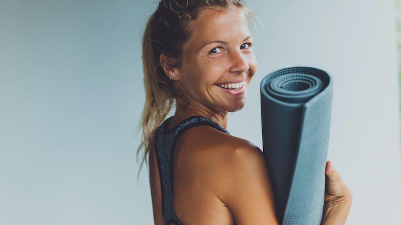 Yoga : un programme de 15 minutes par jour pour garder la forme