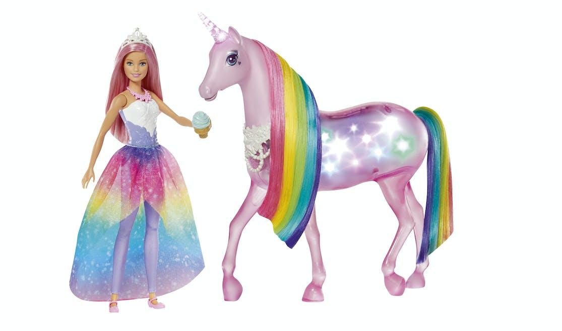 Barbie et sa licorne lumières magiques, Mattel, 54,99 €