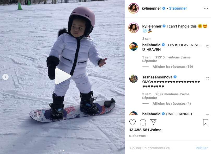 Kylie Jenner : Stormi, surfeuse la plus jeune de l'année