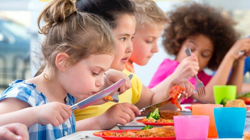 Diabète, allergies : comment on gère à la cantine ?