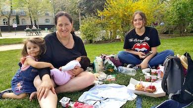 Maman de Nouvelle Zélande avec ses enfants
