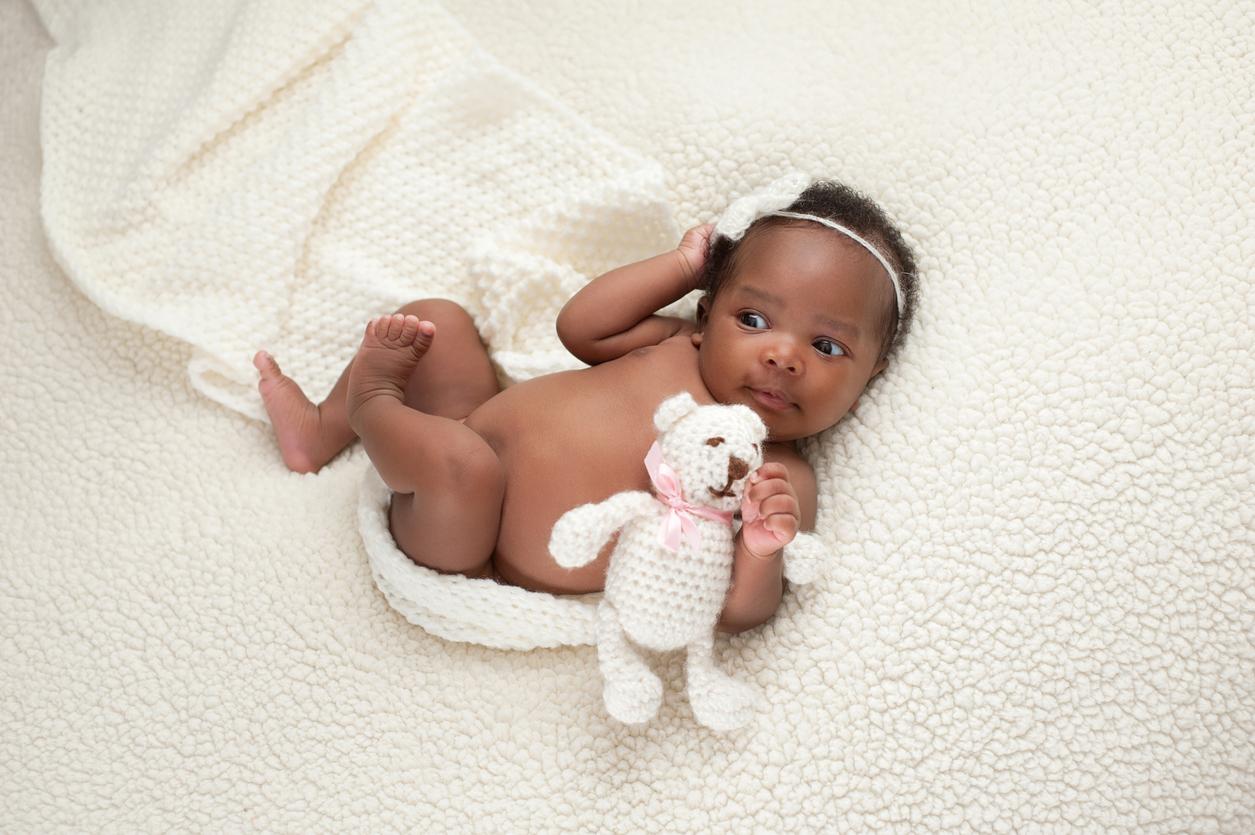 bébés avec de grosses queues