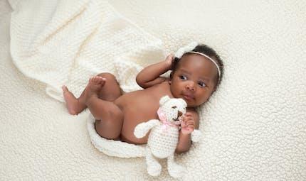 Comment bien choisir le doudou de son bébé ?