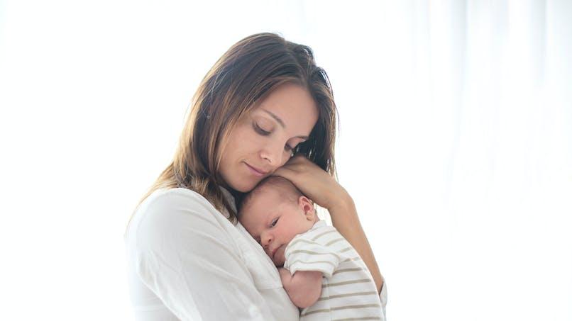 Allongement du congé maternité : une pétition prend de l'ampleur