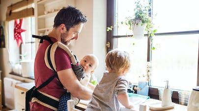 Congé parental : 6 questions pour tout savoir