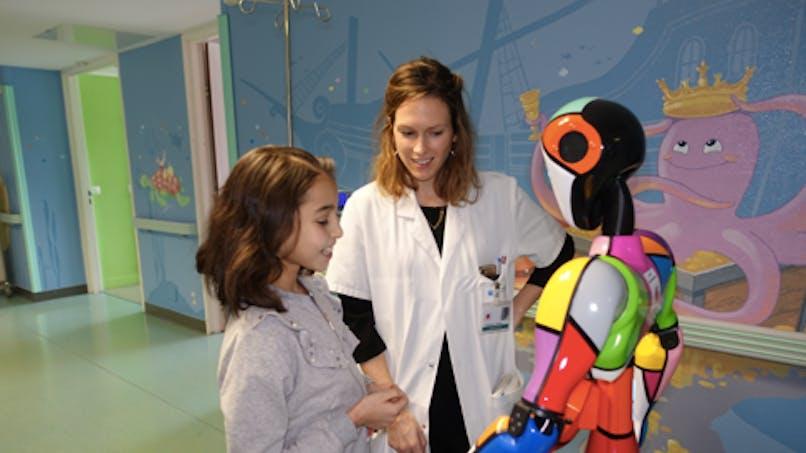 Cardiopathie congénitale : un robot aide les enfants à comprendre leur parcours de soins