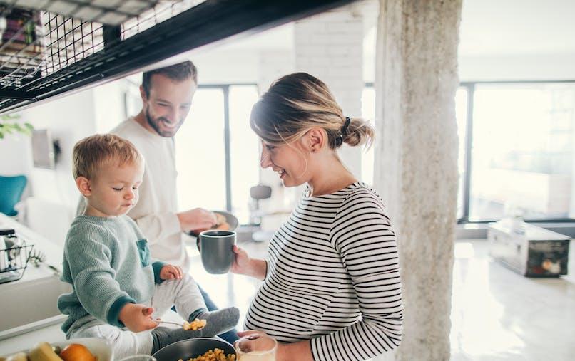 se protéger des toxiques : famille dans la cuisine